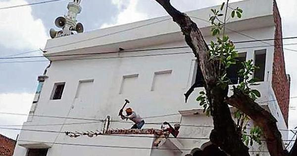 Allahabad: Muslim residents raze parts of mosques to help widen a road for Kumbh festival