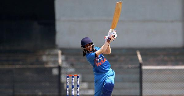 Jemimah Rodrigues and Poonam Yadav help India beat Sri Lanka by 13 runs in first T20I