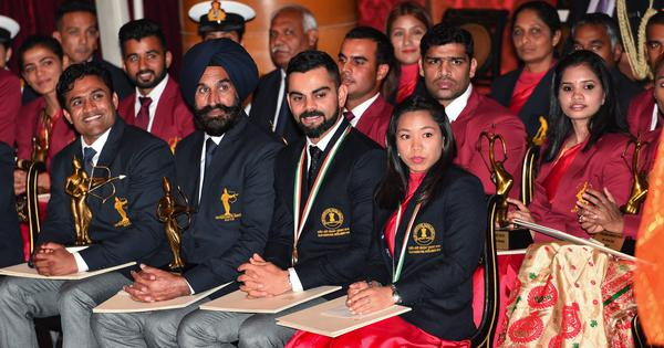 Virat Kohli, Mirabai Chanu receive Khel Ratna award from president Ram Nath Kovind