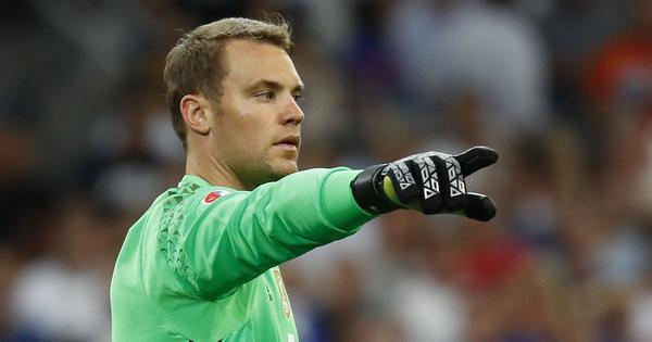 Football: Bayern Munich goalkeeper Manuel Neuer sets new Bundesliga record for most clean sheets