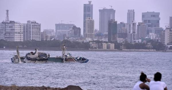Mumbai: Floating restaurant capsizes near Bandra, all 15 people on board rescued