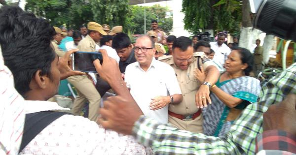 Hyderabad Police detain activists, allegedly rough up prominent educationist and others