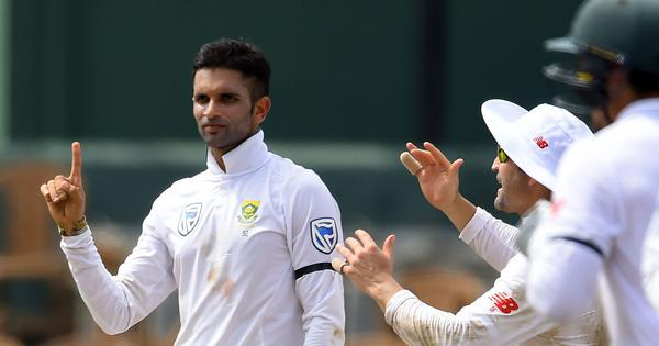 Keshav Maharaj picks up eight wickets as South Africa bounce back on day one against Sri Lanka