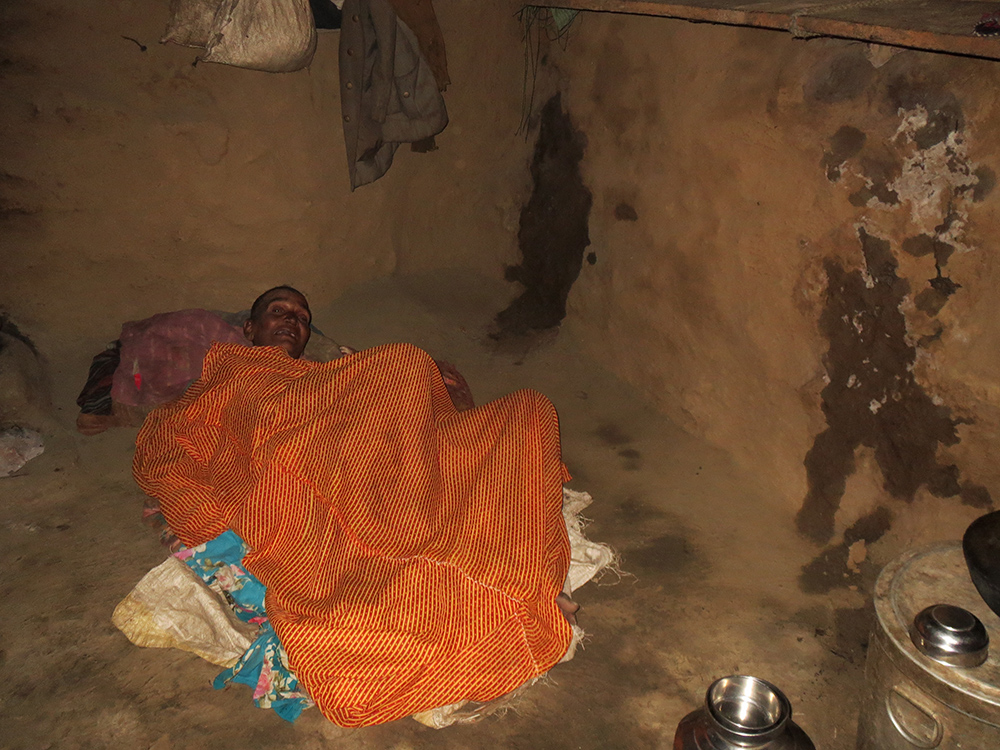 Kamla Devi, Hukum Singh's wife, who was bed-ridden, was also recorded as dead. Her Rs 750 pension, her only source of income, stopped in February. She died five months later on August 1.