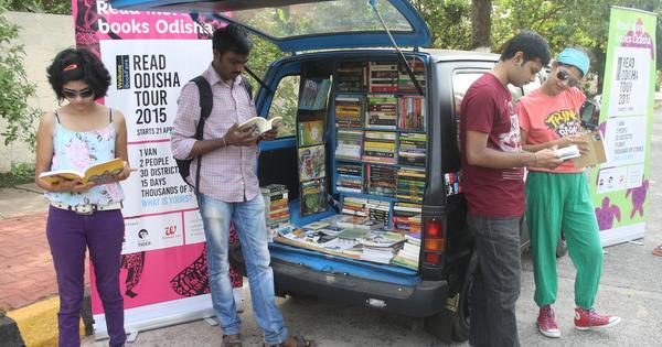 Photographs: a unique book fair on wheels travels across Odisha