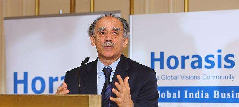 Rafale deal: Supreme Court's verdict diminished judiciary's credibility, claims Arun Shourie