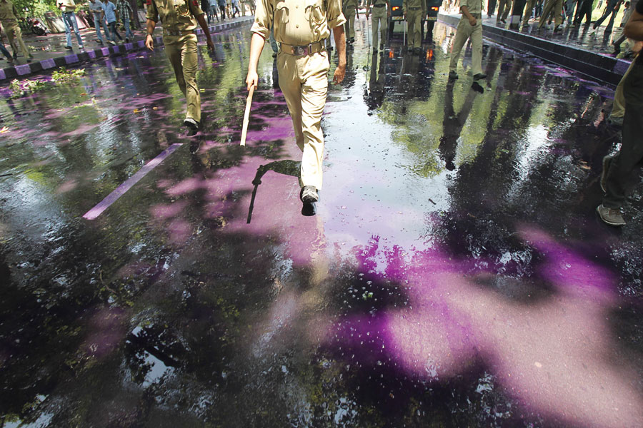 Dye sprayed on protestors, Srinagar 2013. Credit: Javed Dar