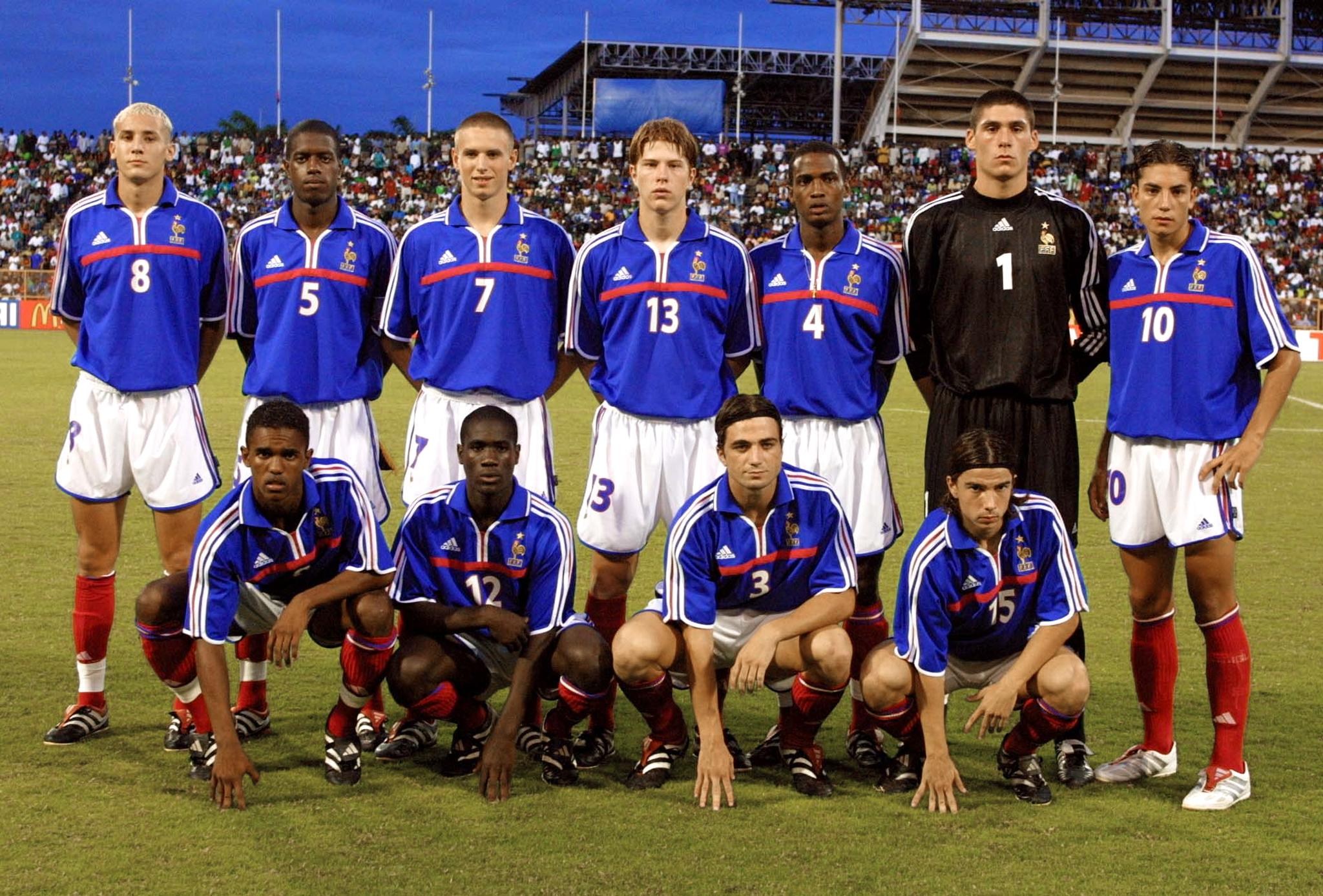 The French team that beat Nigeria in the final of the 2001 U-17 World Cup (Image: AFP)