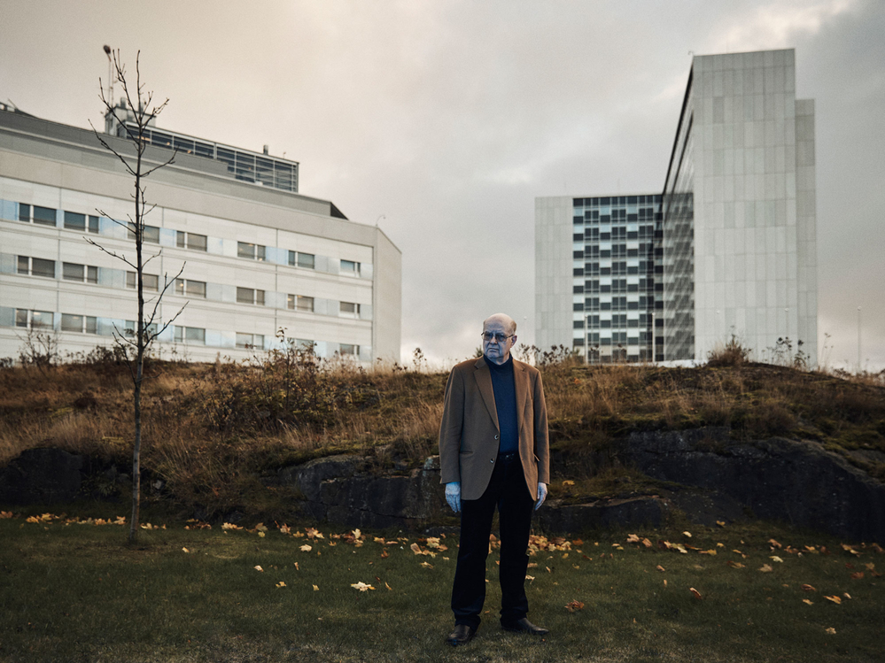 Dr Ville Valtonen outside Helsinki University Central Hospital. (Photo: © Dave Imms for Mosaic)