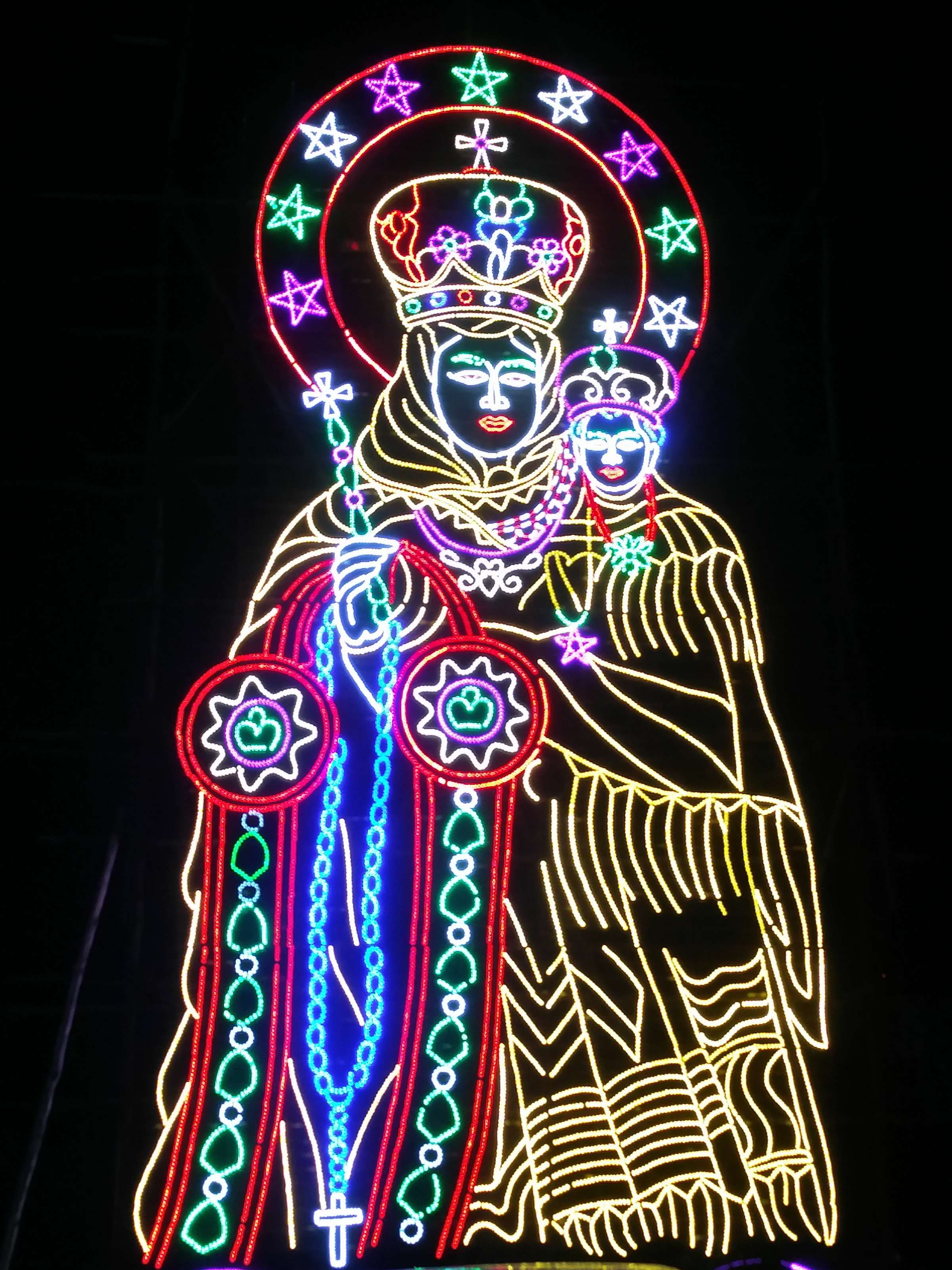 Mary and Jesus glow in the Chennai night.