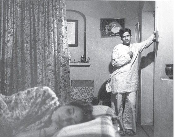 Shashi Kapoor and Leela Naidu in 'The Householder'. Courtesy Merchant-Ivory Productions.