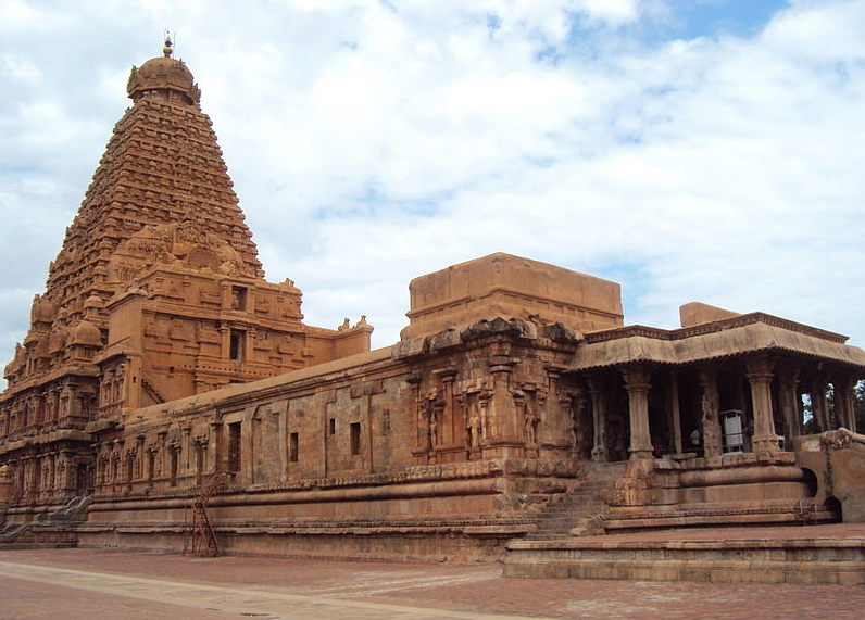 "The Brihadisvara temple is one of the ""Great Living Chola Temples"" according to UNESCO. (Credit: Drkris21 / Wikimedia Commons CC BY 3.0)"