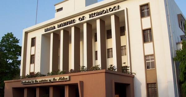 IIT-B ex-dean reveals how allowing cheat-sheets in exams helps him tackle academic dishonesty