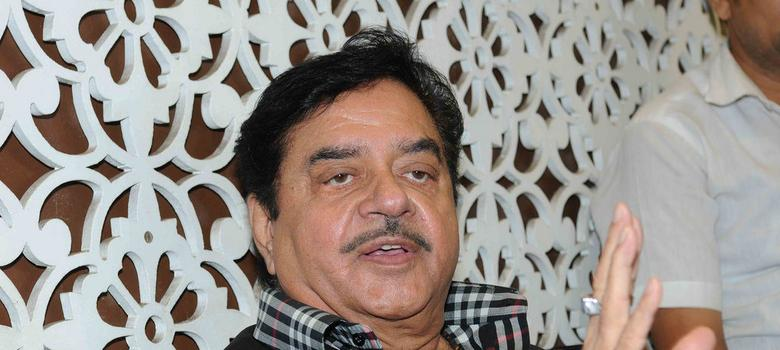Yashwant Sinha and Shatrughan Sinha must quit if they have so many problems, says BJP leader