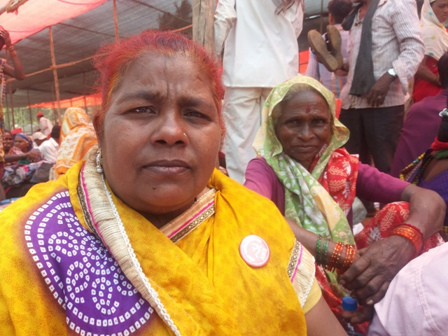 Shakeela Sheikh and Raniabai Pawar from Nashik's Parsu village.