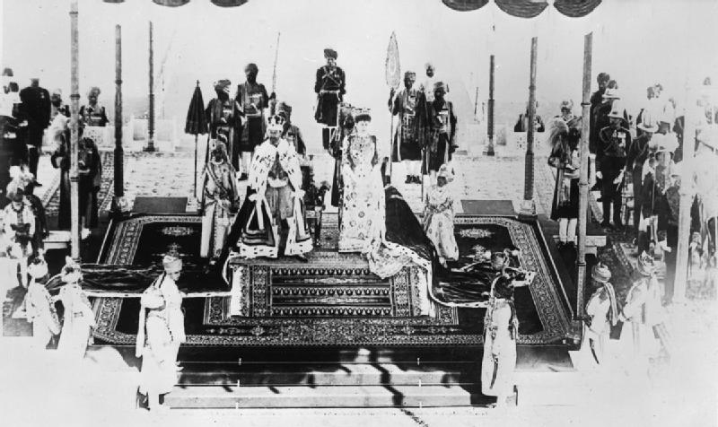 King George V and Queen Mary during the coronation at the Delhi Durbar in 1911. Credit: United Kingdom Government / Wikimedia Commons [Licensed under CC BY IWM Non-Commercial Licence]