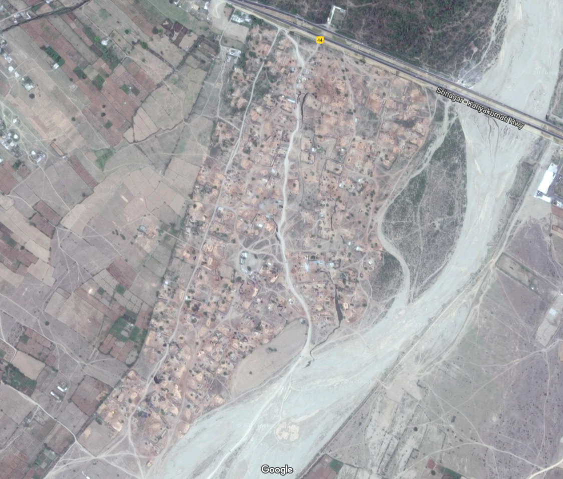 Satellite image of the Gujjar settlement in Vijaypur.