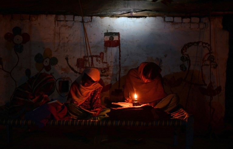 Much of India lives in darkness. Photo: Shammi Mehra/AFP