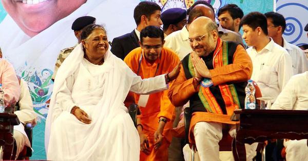 किस तरह भाजपा के उभार ने अब केरल में सीपीएम और कांग्रेस को भी बदलने पर मजबूर कर दिया है