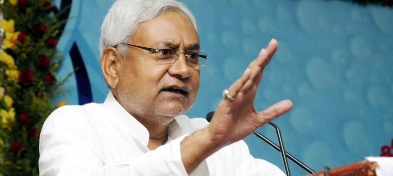 Is Nitish Kumar working on a new Bihar poll strategy that excludes Laloo and Mulayam?