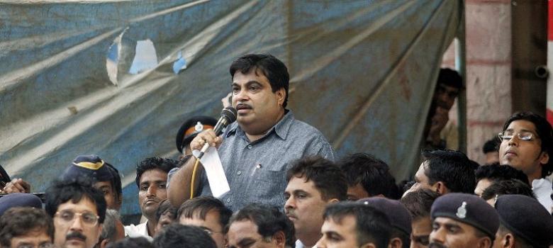 Mumbaikars have every reason to be suspicious of Gadkari's plan to exploit city's docklands