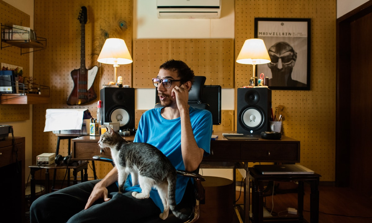 Electronica musician Daniyal Hyatt, at his home studio, talks about the music he created with bands Mole and //orangenoise| Mohammad Ali, White Star