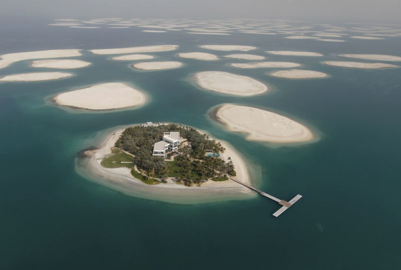The 2009 recession in Dubai brought itsWorld Islands project to a halt. (Photo credit: Jumana El Heloueh/Reuters).