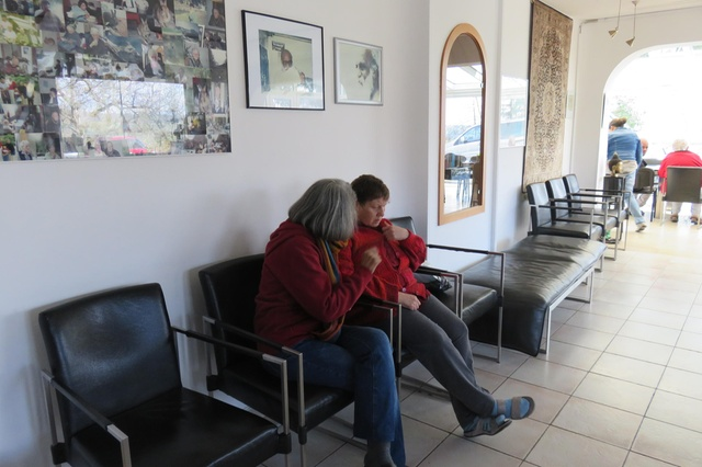 Sheela spends a lot of her time talking to patients to prevent them from feeling isolated. Photo credit: swissinfo.ch