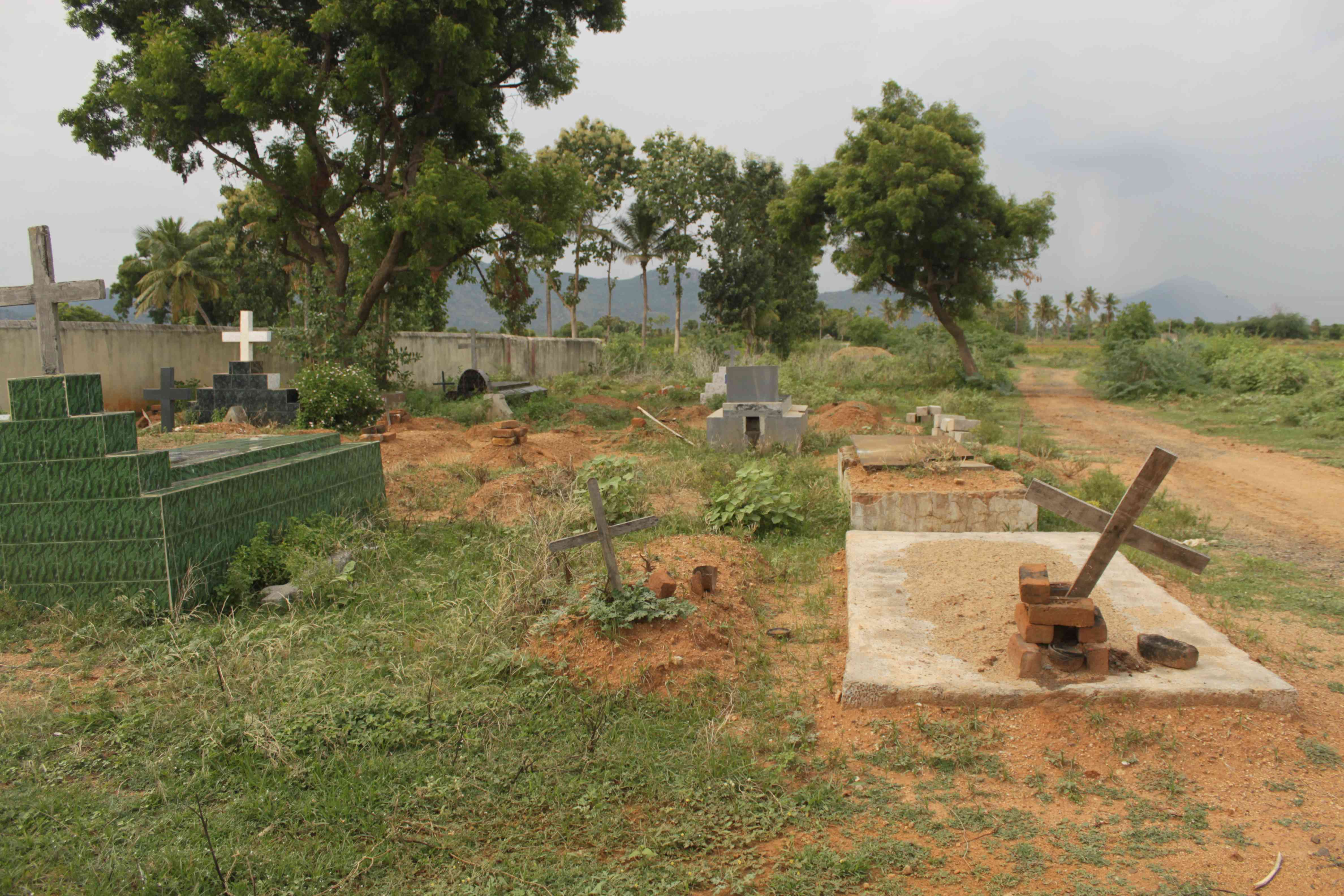 A burial ground in Chengum taluk lies in the path of the Chennai-Salem corridor.
