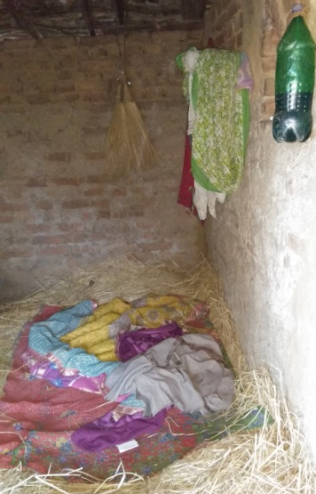 Etwariya Devi's straw bed in her house in Sonpurwa village. Photo courtesy Right to Food Campaign