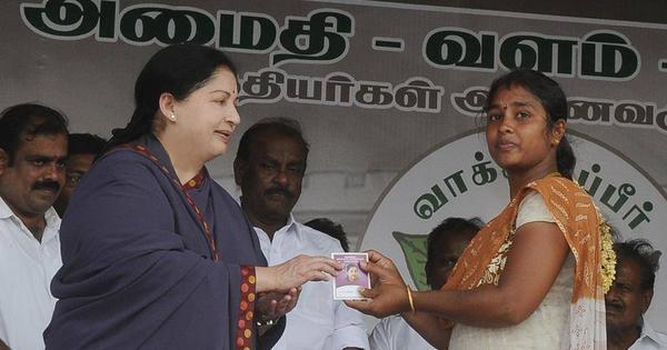 Why has Jayalalithaa suddenly started criticising Modi?