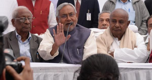 In Bihar, talk grows of a grand alliance between Nitish, Lalu, Congress and CPI