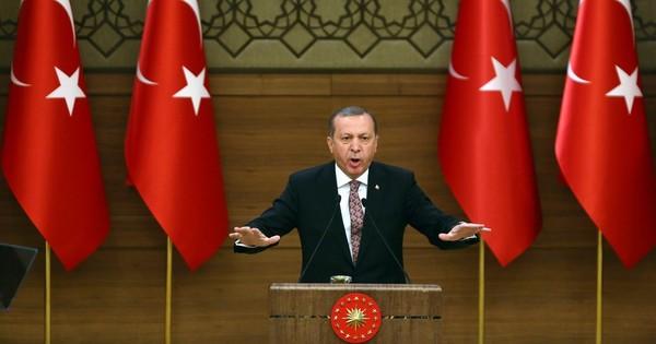 मध्य पूर्व से लेकर यूरोप तक कई देशों को दहलाने वाले आतंक में तुर्की की भी आपराधिक भूमिका है