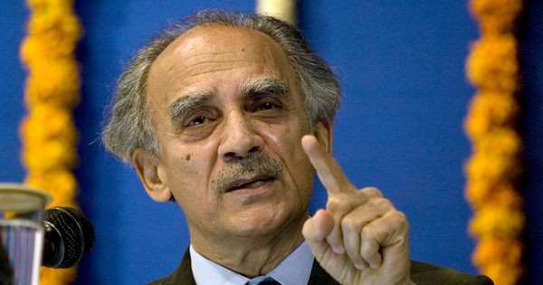 Why we must all be wary of Arun Shourie when he attacks Narendra Modi next