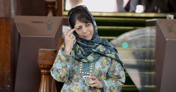 The real reason Mehbooba Mufti is delaying government formation in Jammu and Kashmir