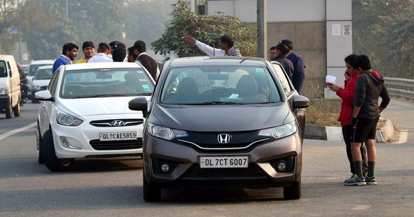 More than 500 people fined in first five hours of Delhi odd-even rule's second phase