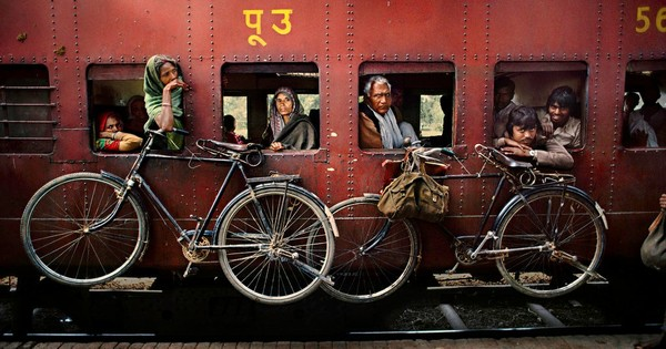 Delighted, charmed and horrified: Steve McCurry's vibrant photos of India (and Indians)