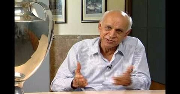 Watch Bapu Nadkarni explain how he bowled 21 successive maiden overs