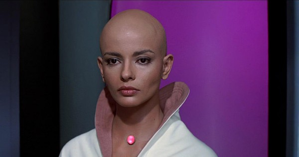 The lady with the shaved head and other Indian characters in 'Star Trek'