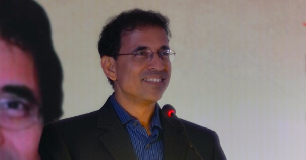 Harsha Bhogle may return to commentary during IPL 10, hints broadcaster Sony