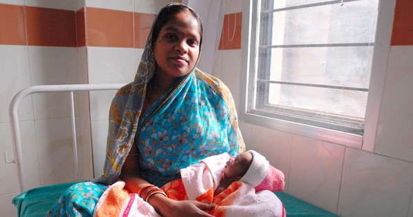 Extended maternity leave is the right move. But what about paternity leave and unorganised sector?