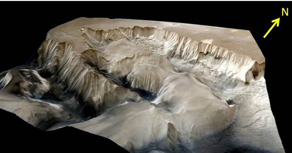 India's Mars Orbiter sends back stunning 3-D images of the largest known canyon in the solar system
