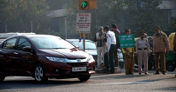 Delhi responds enthusiastically to odd-even policy's first real test