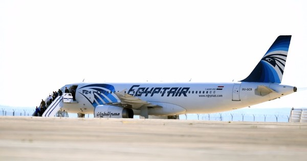 US officials suggest bomb may have brought down EgyptAir plane with 66 on board – CNN
