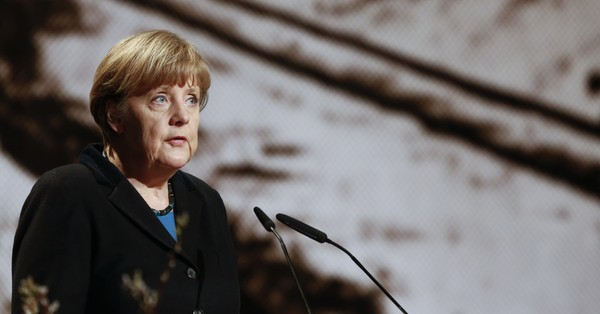 Germany: Angela Merkel gets two weeks' time as she faces ultimatum from ally over immigrants