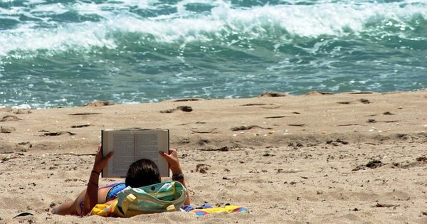 Six cool(ing) books for these hot summer afternoons