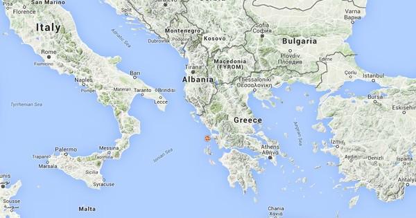 6.7-magnitude earthquake strikes off Greece coast