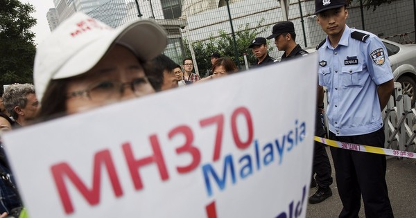 MH370: Second possible piece from missing plane found on Reunion Island