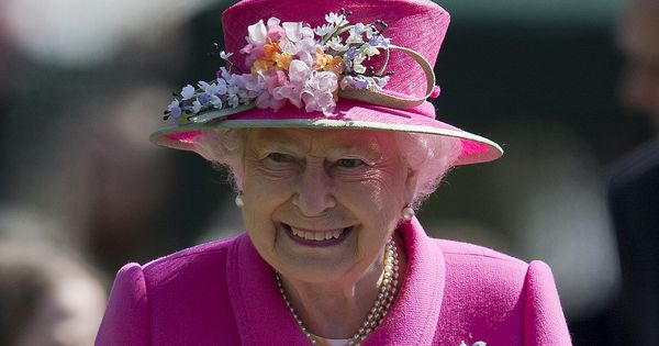 4-year-old boy of Indian origin invites the Queen to his birthday party, she says she's a bit busy