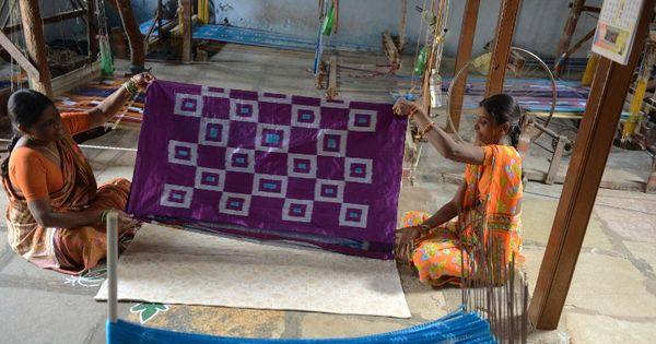 #IWearHandloom: But why India's women weavers don't